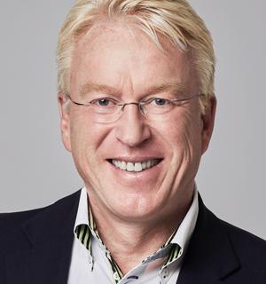 ALPHAPLAN-Vertriebsleiter Robert Lüers zum internationalen Einsatz eines KMU-ERP